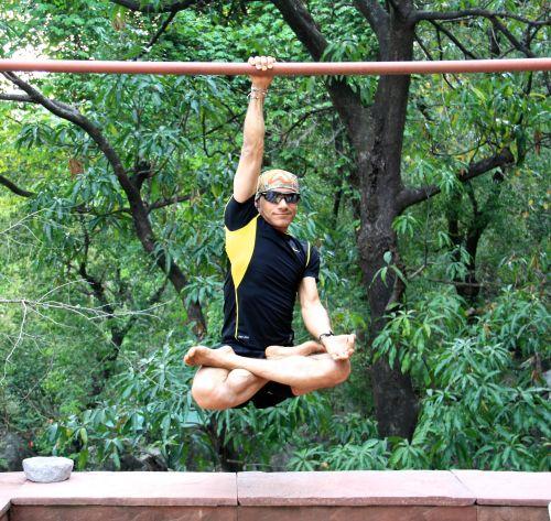ashnov hanging padma