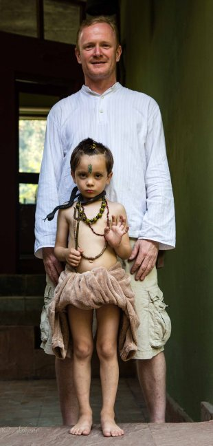 Isn't that the cutest thing ever? :) Steve, Owner-Rainforest House, with his son all dressed up as Baby Shivji!